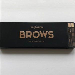 NWT Profusion Brow Kit Palette